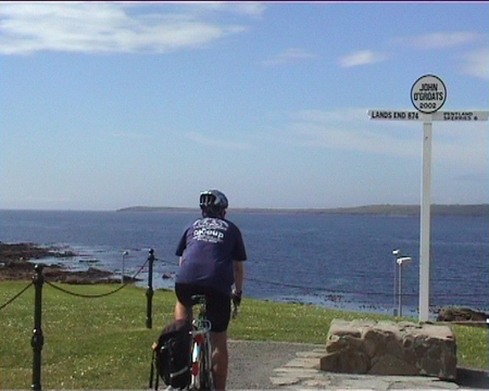Rob_at_john_ogroats_2
