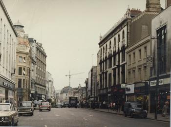 Cardiff_queen_street_1